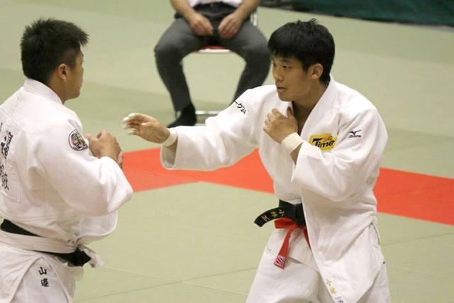 小林(右)