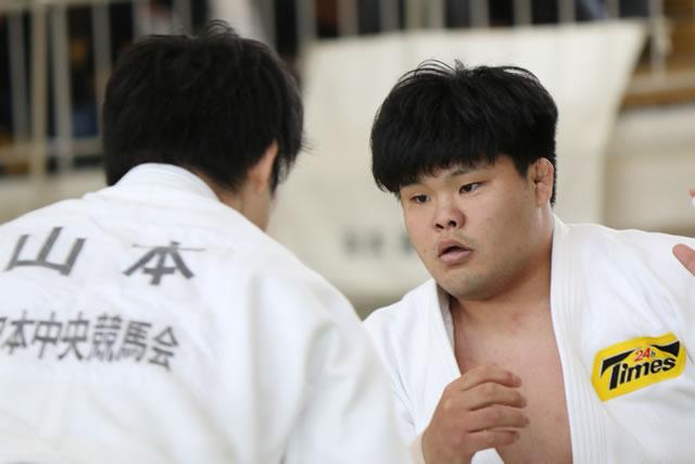 羽沢(右)