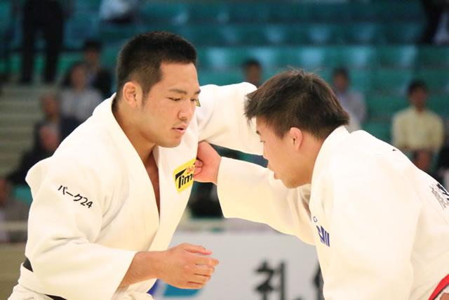 北野(左)