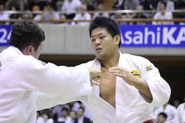 藤井(右)