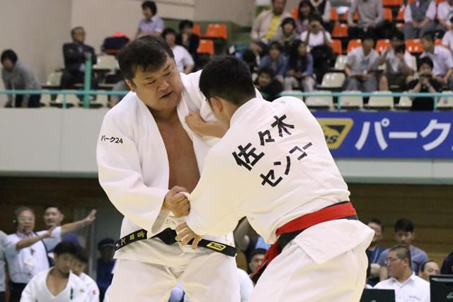 吉田(左)