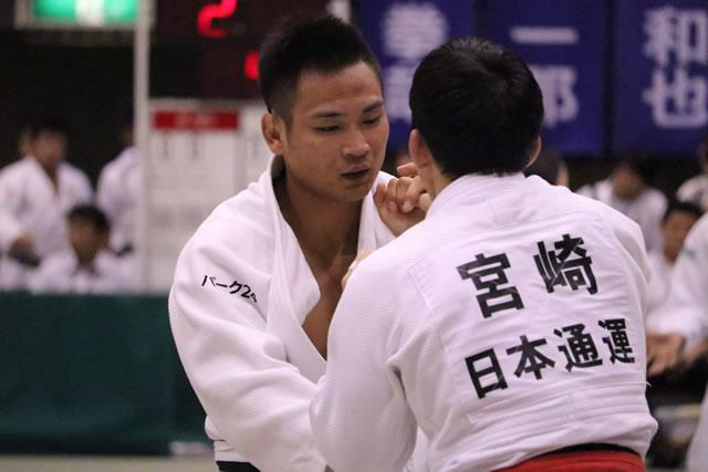 海老沼(左)