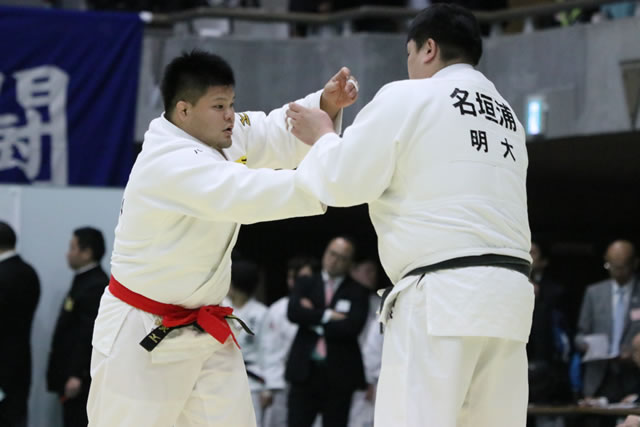 羽沢(左)