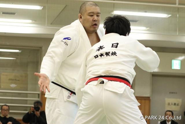渡邊(左)決勝