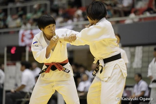 山本(左)