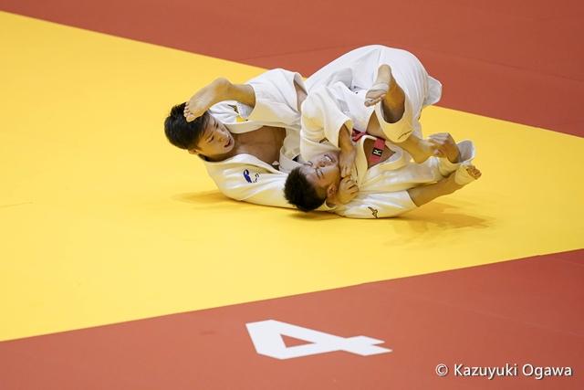 藤阪(左)3回戦