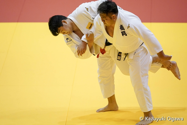小川(左)2回戦