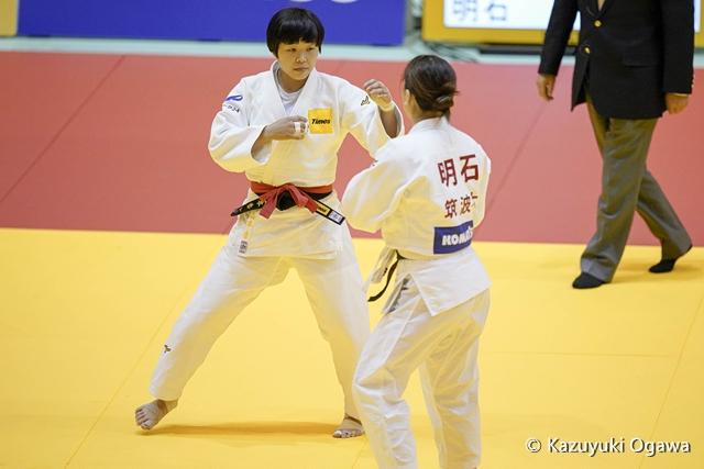 山本(左)1回戦