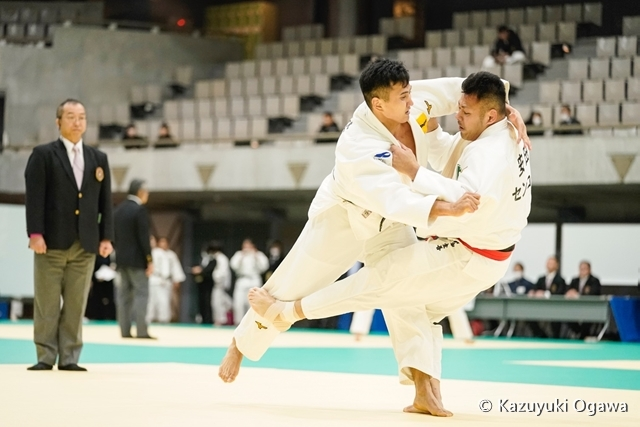 中井(左)