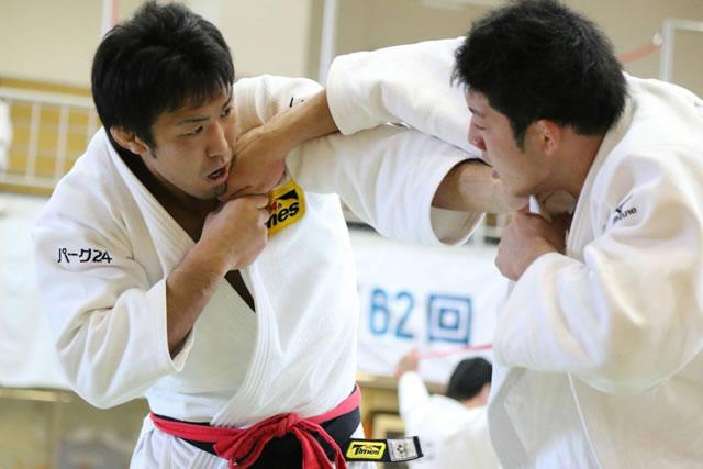 吉井(左)