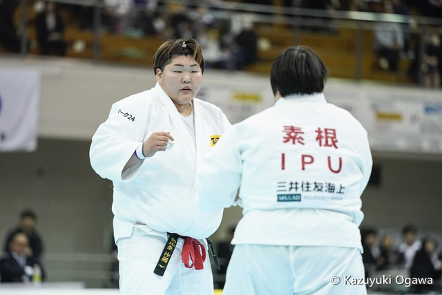 78kg超級 朝比奈(左)