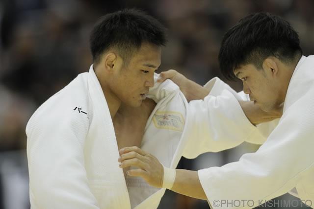 73kg級 海老沼(左)