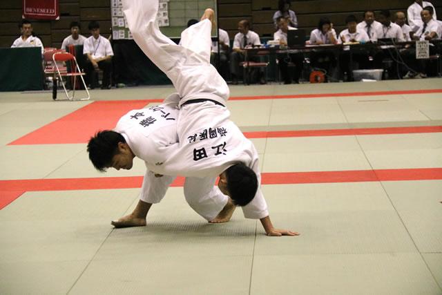 橋本(左)