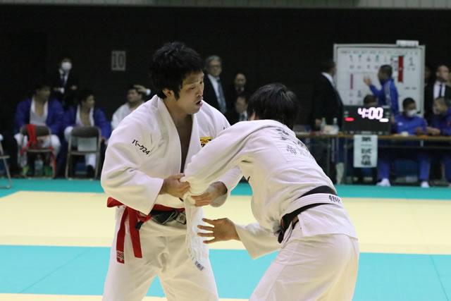 木戸(左)