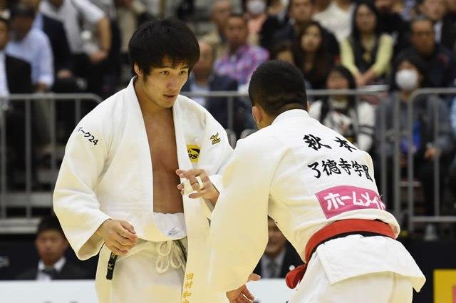 73kg級 田村(左)