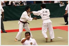 81㎏級 吉井(左)